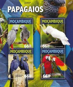 PARROTS (Papagaios) BIRDS Mint MNH Stamp Sheet M/S (2016 Mozambique)
