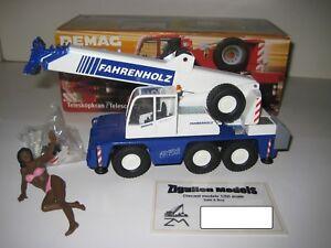 Demag AC 40-1 Camión Grúa Fahrenholz #2093.5 Conrad 1:50 Emb.orig
