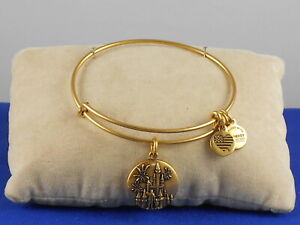 Disney Alex and Ani Gold PARTNERS Castle Walt Mickey Expandable Wire Bracelet