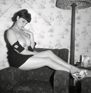 Vintage Photo 8.5x11 #17294  Busty Lovely Lorraine Burnette