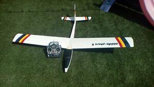 Radio controlled model aircraft