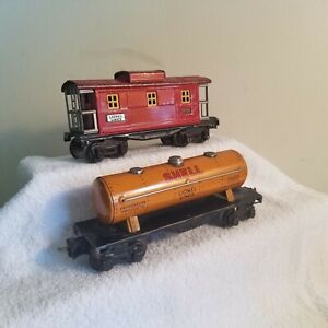 Lionel Set of 2 Pre War Cars<++++>1680 Shell Tank Car<++++>2657 Caboose<++++>