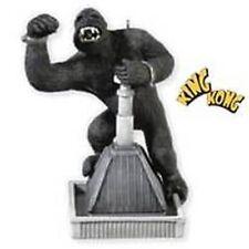 2010 HALLMARK Ornament King Kong Gorilla Holidays Christmas QXI2093 NIB