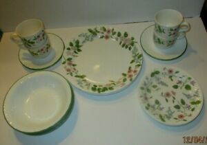 Retired Corelle Delicate Array Dinnerware Service 5 Piece-4 Plate Setting-20 Pcs