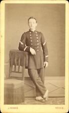 CDV jeune homme débout militaire soldat officier J. Ferrié Rodez vers 1875 grade
