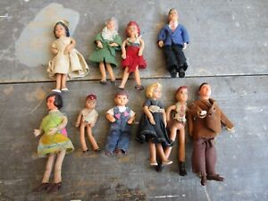 VINTAGE LOT OF 10 DOLLHOUSE DOLLS MAYBE SHACKMAN FLAGG BENDABLE DOLL TOY