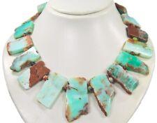 Wunderschöne Edelsteinkette aus Chrysopras in unregelmäßiger Scheibeform