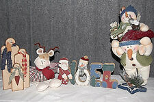 Set of Snowmen and Other Holiday Decorations Xm471