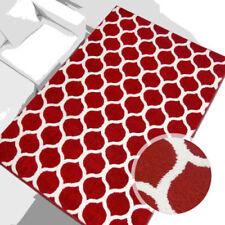 Tapis rouge rectangulaire avec un motif Géométrique pour la maison