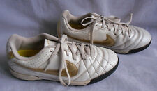 NIKE TEMPO MENS  IVORY/GOLD LACE UP FOOTBALL TRAINER SHOES SZ:4/36.5(MT82)