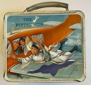 Vintage 1968 Original THE FLYING NUN Metal Aladdin Lunch Box SALLY FIELD
