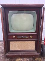 Vintage 1950s Crosley TV Console Antique Set Mid Century Prop Art Television