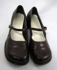 Bettie Page BP Brown Mary Janes Size 8M Shirley Vintage Leather Buckle CUTE