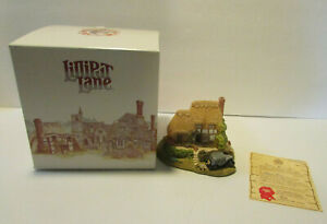 Lilliput Lane Heaven Lea Cottage collectible house with deed