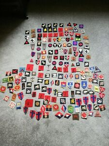 LARGE COLLECTION (190) OF ORIGINAL WW2 FORMATION PATCHES