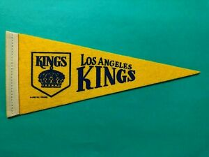 1969 NHL LOS ANGELES KINGS MINI PENNANT TERRIFIC CONDITION