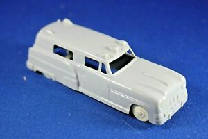 Plasticville - O-O27 - 1 Gray Vehicle - Ambulance - Excellent+++++