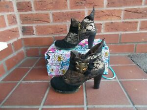 Funky IRREGULAR CHOICE 'MIAOW' Black Ankle Boots * s5 uk * IN BOX