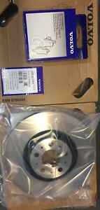 Genuine Volvo Front Pads and Discs 17.5 inch XC90 2003-2014 31687101 30657301