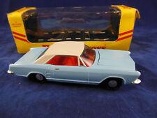 Dinky toys 57/001 buick riviera en bleu clair avec blanc toit, rare box superbe