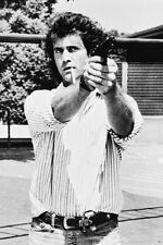 Mel Gibson Cigarette In Mouth Pointing Gun Lethal Weapon 11x17 Mini Poster