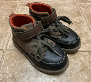 Carters Toddler Boys Boots Small Kids Size 11 US Brown