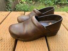 DANSKO XP PROFESSIONAL BROWN CLOGS SZ U.S. 9 SLIP RESISTANT LEATHER EUR  39