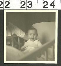 VINTAGE OLD B&W FUNNY PHOTO OF CUTE BABY STICKING HIS TONGUE OUT #2826