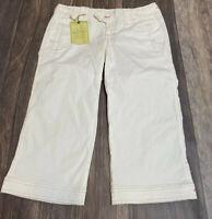 Plugg Women's Juniors Size 3 White Capri Pants Womens Pink & White NWT
