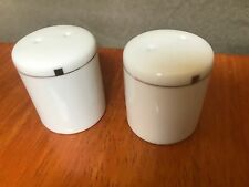 AMERICAN AIRLINES Vintage PePPER SHAKERS INDIVIDUAL Swid Powell Collectible NOS