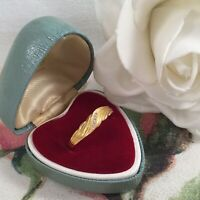 Vintage Jewellery Gold Ring with White Sapphires Antique Art Deco Jewelry 9 S