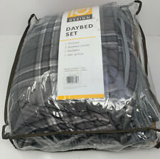 Intelligent Design Daryl Daybed Cover Reversible All Season Coverlet in Grey