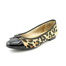 b4b6556949d5 Me Too Women's (0 to 1/2 in.) Flats & Oxfords for sale   eBay