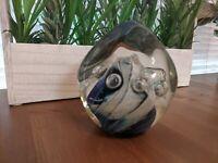 Robert Eickholt 1990 Paperweight Art Glass IRIDESCENT EGG Controlled Bubble Blue