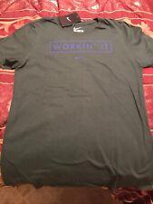 Nike Shirt Workin It Logo Womens Size M The Nike Tee Green T-Shirt New NWT