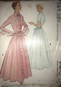 vintage 1951 dressing gown pattern  Mccalls