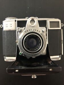 Vintage Zeiss Ikon Contessa Camera Tesser Lens