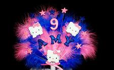 Qualsiasi nome e età 3x grandi HELLO kittys, STELLE E PIUME COMPLEANNO CAKE TOPPER