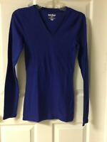 """Old Navy royal blue """"perfect tee"""" long sleeve vneck size small"""