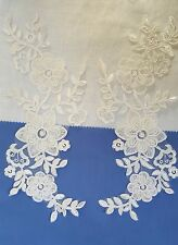 Pair 3D Ivory White Floral Embroidery Appliques Motifs Lace  EB0243 Sewing Trims