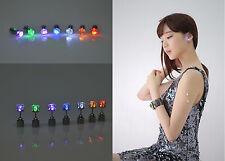 2× Luminoso Luz LED Súper Brillante Pendientes 7 Color De La Moda Mujer Hombre