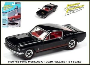 Johnny Lightning New 1/64th Diecast Car '65 Ford Mustang GT Only 2,500 Made