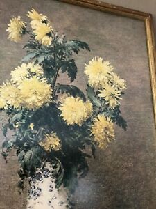 VINTAGE GOLD FRAMED YELLOW CHRYSANTHEMUMS IN BLUE WHITE VASE WALL PRINT