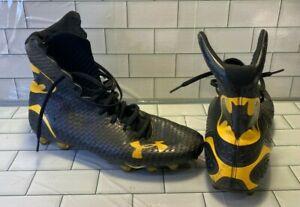 Under Armour 1256694 S1 Batman Football Cleat Men size 10 44 Black Yellow shoes