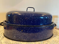 Vintage Blue Speckled Graniteware Enamel Metal Oval Large Hollow Bottom Roaster
