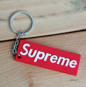 Porte cles Keychain Supreme logo