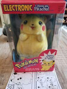 I Choose You Pikachu Pokemon Electronic Talking Plush Light Up cheeks Vtg 1998