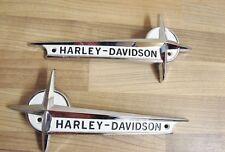 ORIGINAL HARLEY DAVIDSON STERN TANKEMBLEM SET 61776-61T MIT HALTERUNGEN