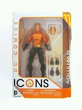 DC Collectibles DC EMBLEMAS Aquaman Figura de acción
