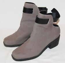 & Other Stories Mid Heel (1.5-3 in.) Boots for Women